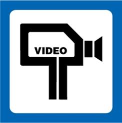 """Skilt """"Området er Videoovervåget"""""""